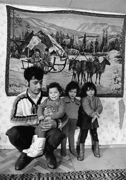 Family life, Kauhava, 1971. Photo: Mikko Savolainen