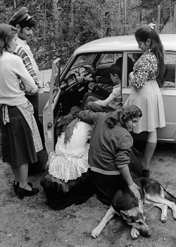 Modern-day cart: teenagers in Kouvola, 1976. Photo: Mikko Savolainen